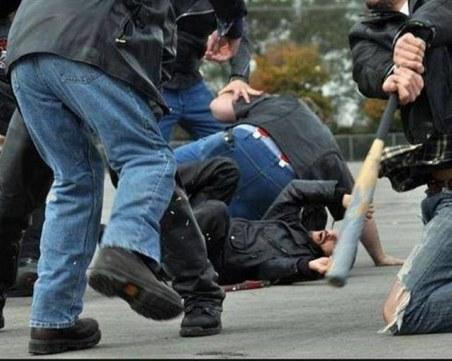 Масово сбиване с близо 40 души в Девин