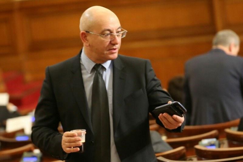 И Ревизоро готов с оставка заради ареста в Пловдив
