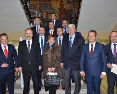Кметът и турският посланик обсъдиха концесията на летище Пловдив