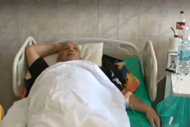 Мъж е в критично състояние след побой от моторист