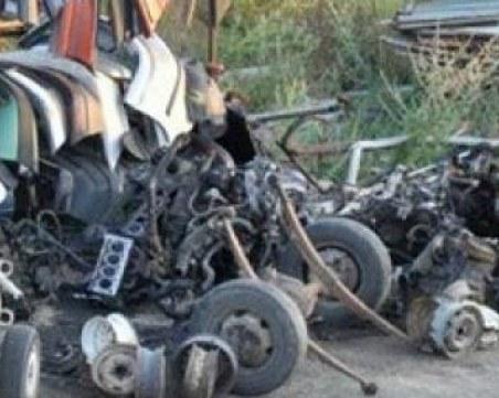 Незаконна автоморга и 340л алкохол без бандерол откри полицията в пазарджишко село