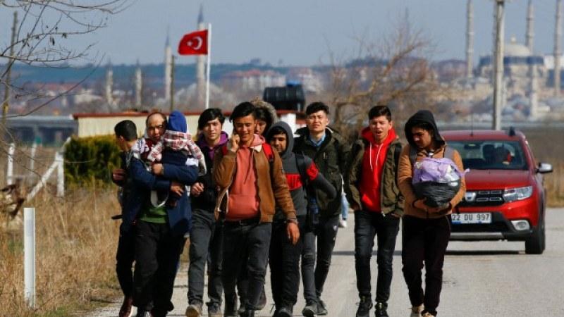 Бежанци: Казаха ни да тръгваме към Гърция, че не може в България