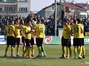 Ботев със 7 юноши в групата срещу Черно море