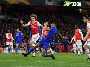 Олимпиакос шокира Арсенал и го изхвърли от Лига Европа
