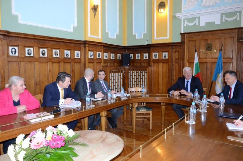 Здравко Димитров се срещна с шеф на ЕБВР за големите проекти на Пловдив