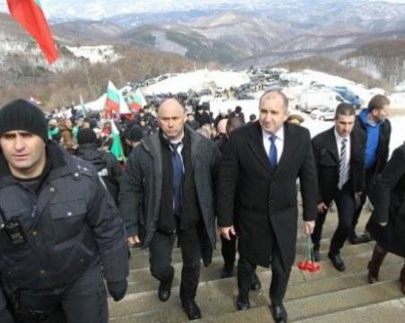 Румен Радев на Шипка: Отмяната на честванията е манипулация