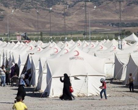 Направиха палатков лагер за бежанци край Дойран