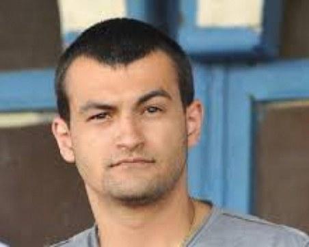 Синът на Божков си извадил експресен международен паспорт, до минути решават дали да остане в ареста