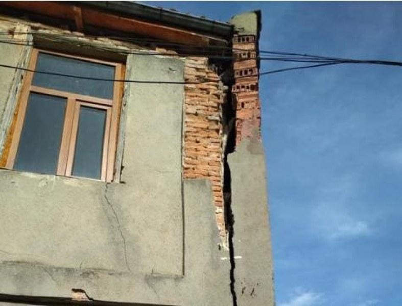 Пано убиец застрашава туристите в старата част на Велико Търново