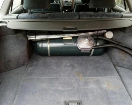 Свършиха бутилките за газови уредби на колите в Русе