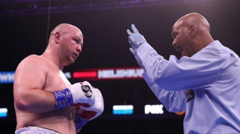 Хелениус шокиращо нокаутира Ковнацки, заслужи да се бие за титла на Джошуа