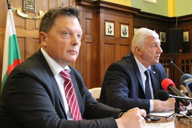 Добър живот за пловдивчани или нови данъкоплатци - какво иска Илия Кирчев със 120-милионния заем?