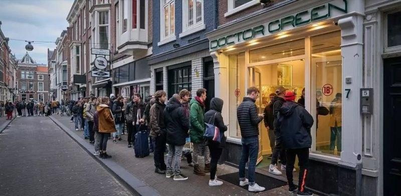 Стотици се наредиха за марихуана в Нидерландия, затваря кофишоповете
