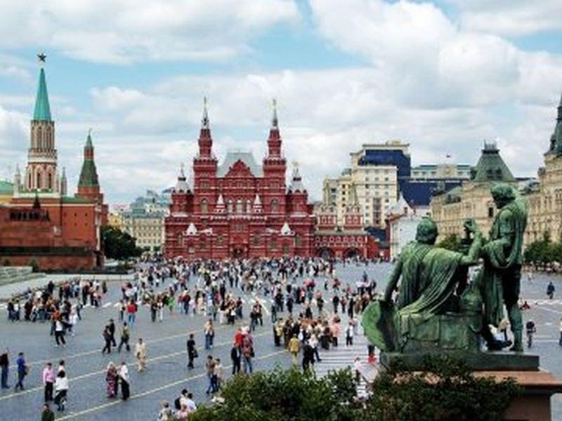 Русия ограничава влизането на чужденци от днес