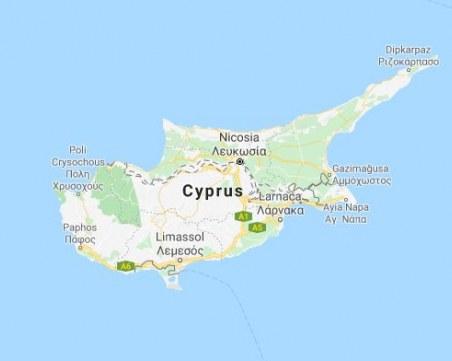Кипър налага забрана на полетите от България