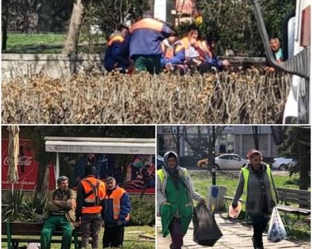 """Служители за """"пример""""! Без маски, насядали на приказка един върху друг в Пловдив"""