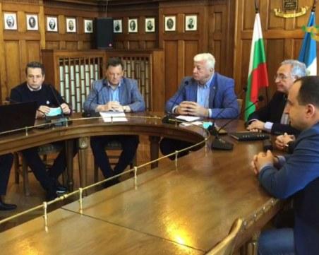 Община Пловдив с помощ към бизнеса – освобождава от такси и започва големите си проекти