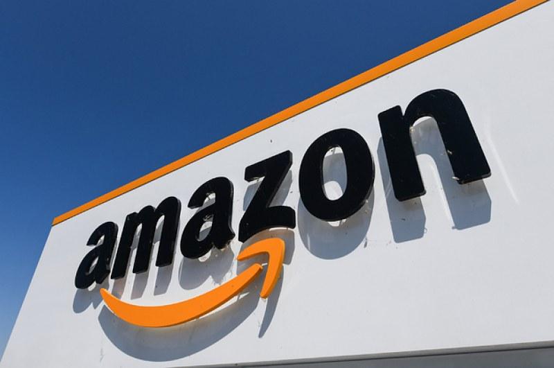 Amazon спира доставки на стоки за Италия и Франция