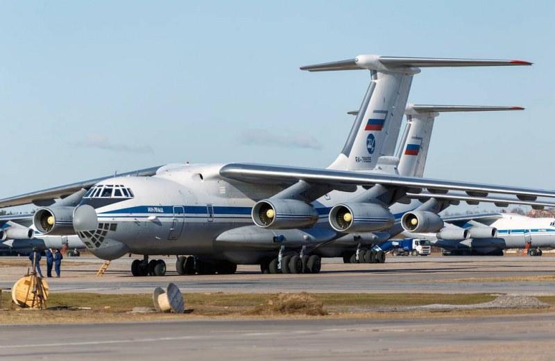 9 самолета с лекарски екипи и апаратура потеглят от Москва за Италия