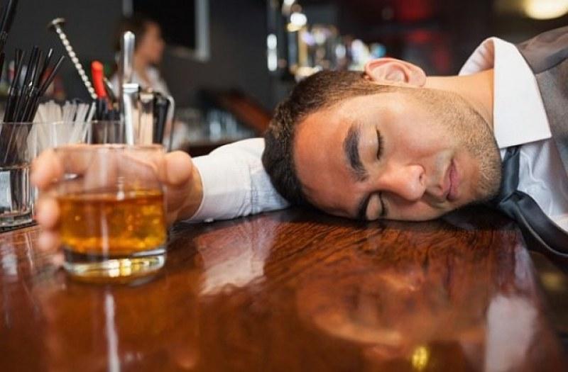 Алкохолът и пандемията: Помагат или пречат спиртните напитки в борбата с COVID-19