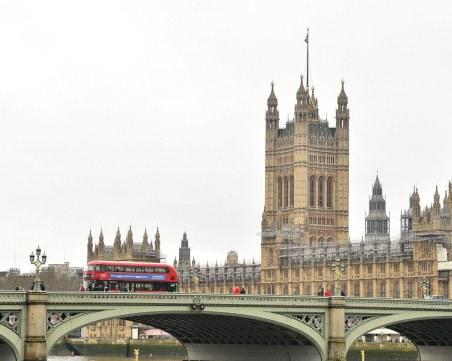 Парламентът в Лондон спира да работи заради Covid-19