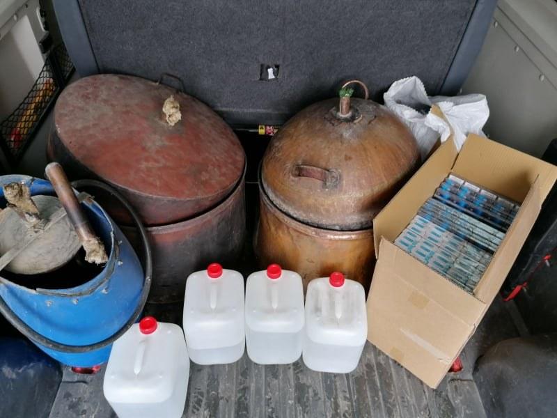 Арести в Панагюрище заради контрабандна стока