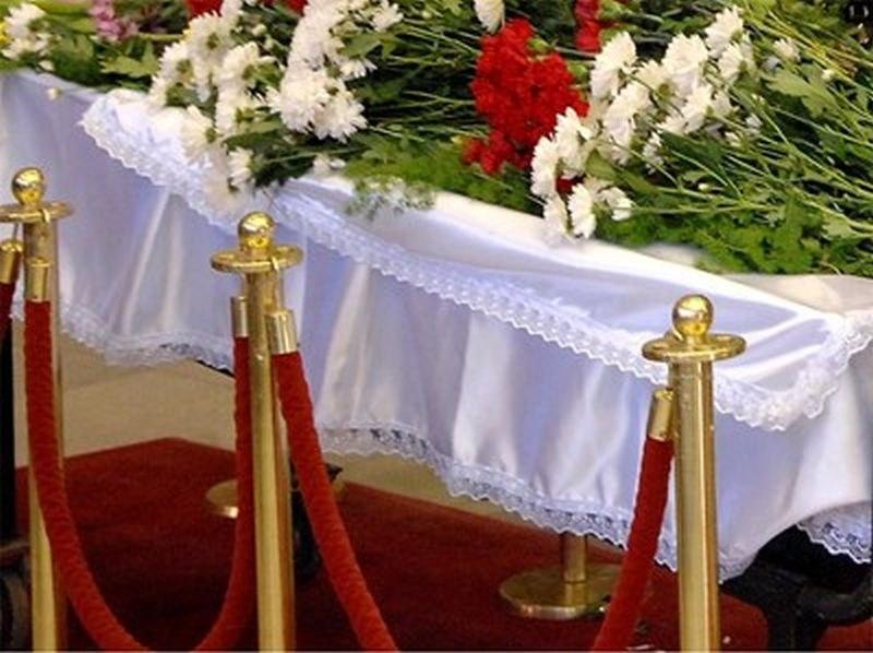 Погребални агенции предлагат виртуални траурни церемонии заради коронавируса