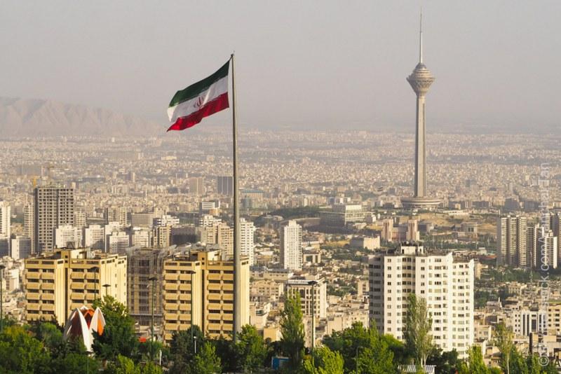 Иран забрани междуградските пътувания