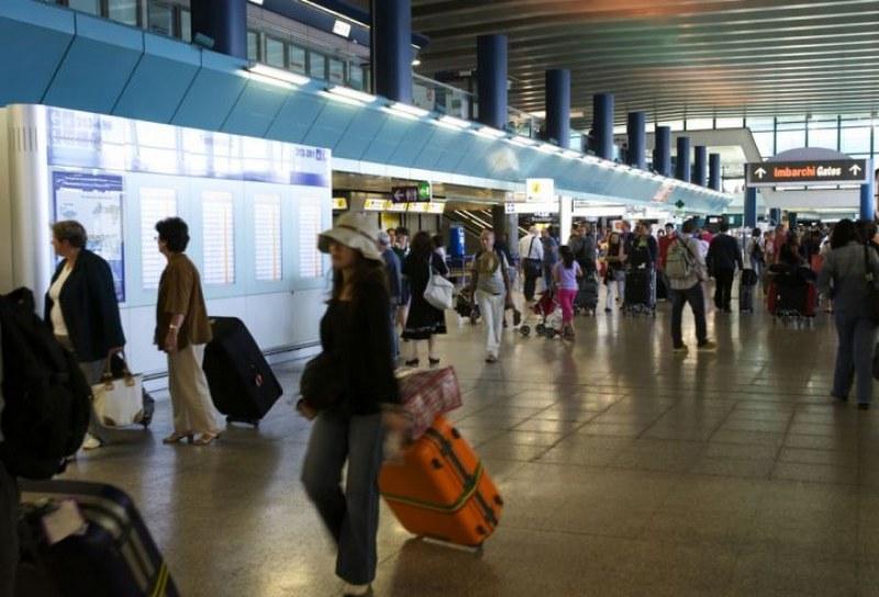 МВнР е помогнало на 500 българи да се приберат у нас