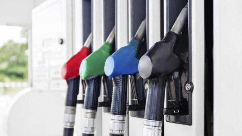 Обявиха рязък спад в потреблението на горивата