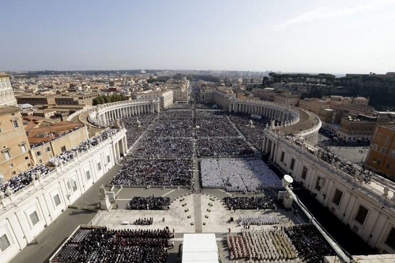 Ватикана: Без богомолци на церемониите за Великден
