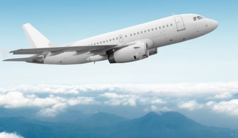 Авиокомпании отказват да връщат пари за отменени полети