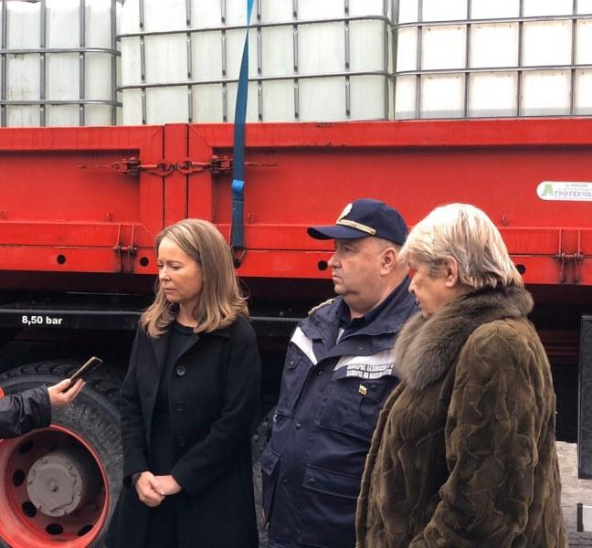 Митниците с дарение за Пловдив, предоставиха 14 тона спирт