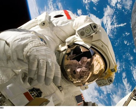 Бягство от COVID-19 в Космоса: Вече е възможно
