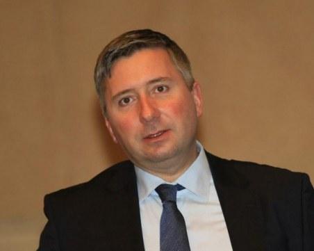 Запорираха акциите и яхтата на Иво Прокопиев