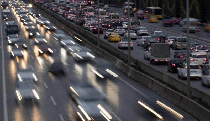 """Светофари в Турция казват """"Отиди си вкъщи"""" и """"Стой в къщи"""""""