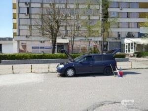 Кола се замозапали в движение в центъра на Пловдив