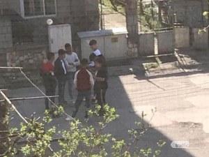 Социална изолация ли? Животът продължава да кипи в етническите махали в Пловдив