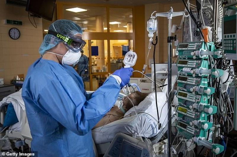 Учени обясниха защо има тежки и леки форми на коронавирус