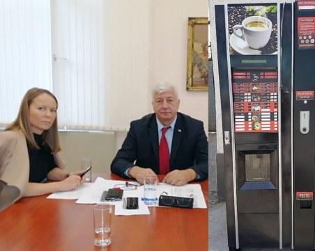 Кафе автоматите: COVID-19, Пловдив, бизнес интереси и страхът на управляващите