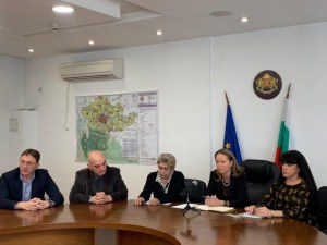 РЗИ вдигат рамене за искането на Община Пловдив за по-крути мерки , БАБХ мълчи за вендинг машините