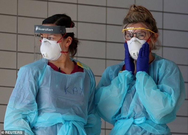 В Англия преди 5 седмици: Рискът от зараза е незначителен