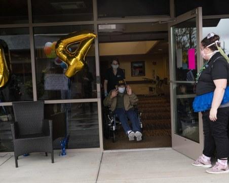 104-годишен ветеран от войната пребори коронавируса
