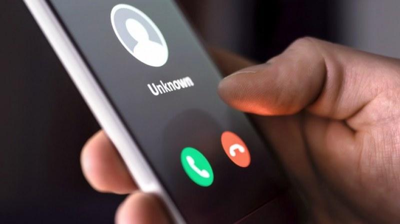 Измамници от Мали звънят на шефа на полицията в Пазарджик