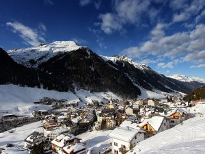 Хиляди са се заразили с вируса в австрийски курорт