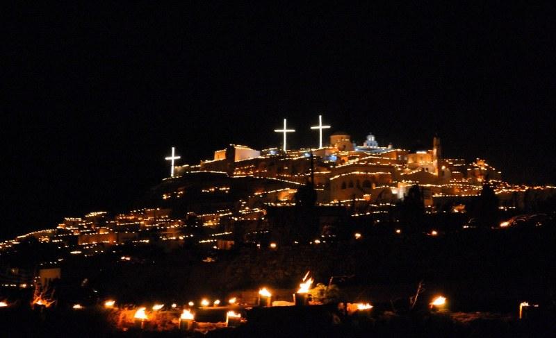 Църквите в Гърция остават затворени за Великден