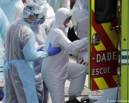 Нов черен рекорд! COVID-19 взе над 1 120 жертви във Франция за ден
