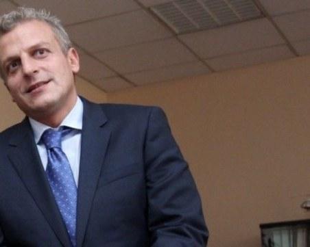 Москов призова президента и защитниците на стадния имунитет доброволно да се заразят с COVID-19