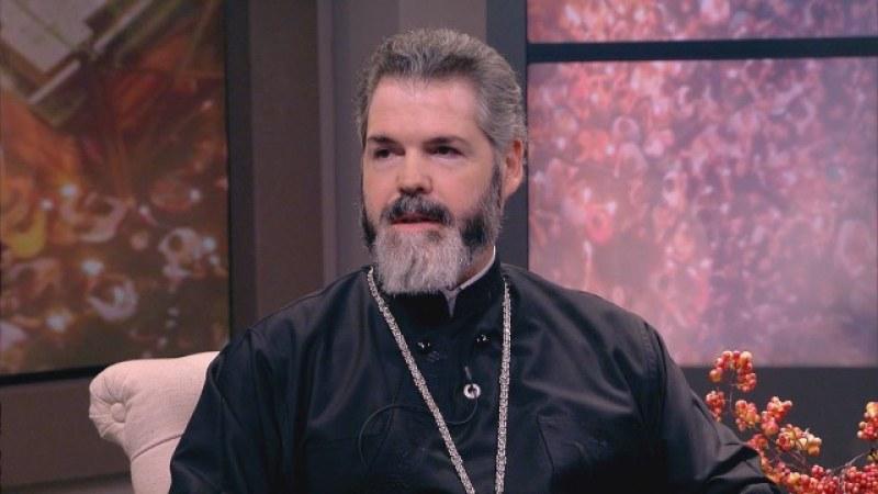 Митрополит Антоний призова свещениците да са с маски и ръкавици на Великден