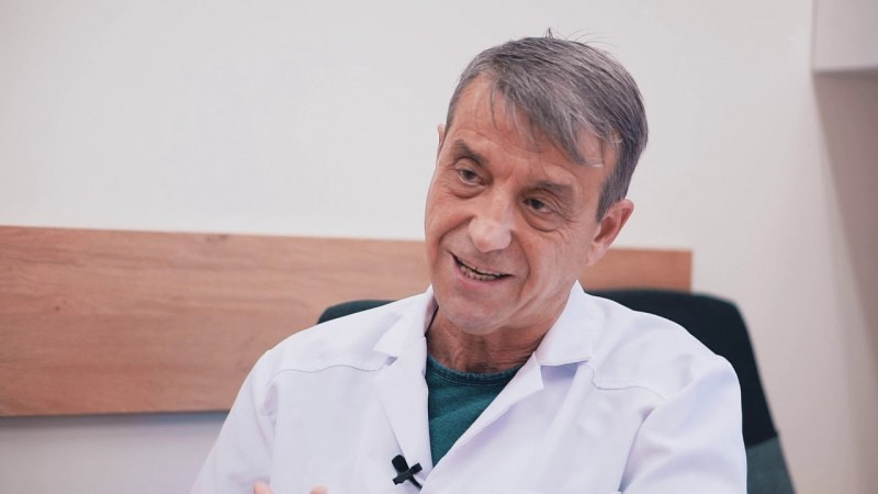Проф. Костов: Напрежението с ген. Мутафчийски бе създадено изкуствено